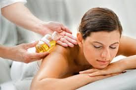 Aromaterapia e massaggio thailandese