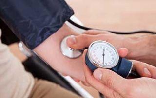 Massaggio e pressione del sangue