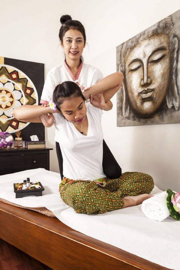 massaggio thailandese tradizionale