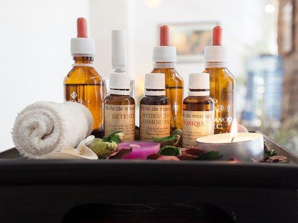Alcuni degli Olii essenziali utilizzati da Maison Thai